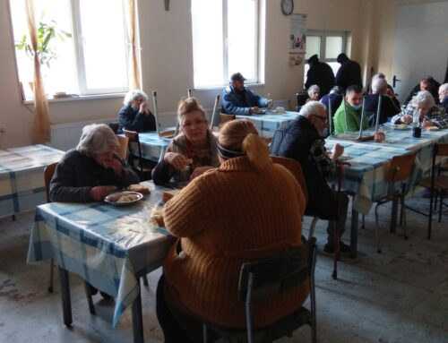 """Благотворителна кампания на BOSCH осигури топъл обяд за 50 бездомни от Център """"Добрият самарянин"""""""